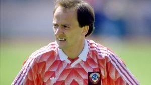 Как советского футболиста Беланова обвинили в краже в Германии. Громкий скандал из 90-х