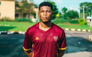 Нигерийский футболист в форме сборной России обратился к «Манчестер Юнайтед»