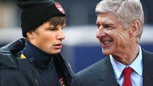 Как Аршавина потроллили в Англии: тренер стянул с него шапку перед выходом на поле (видео)