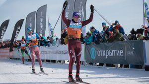 Биатлонист Поршнев обогнал почти всю лыжную сборную, взяв бронзу Югорского марафона. Большунов привез всем 2 минуты
