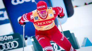 Первое поражение Большунова за 6 гонок. В спринте в Италии он взял бронзу, но даже не был лучшим из россиян