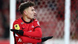 В «Спартаке» прокомментировали новость об интересе к Ларссону со стороны дортмундской «Боруссии» и «Вест Хэма»