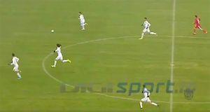 5 футболистов выбежали на пустые ворота соперника: видео необычного гола в чемпионате Румынии