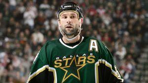 Самый крутой российский защитник в истории. Зубов — в канадском Зале хоккейной славы!