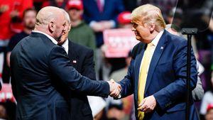 «Трамп поможет восстановить Америку». Глава UFC Уайт верен президенту США с начала XXI века