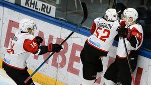 «Авангард» и «Салават» дали сумасшедший концерт в Уфе. Все решил сибиряк, которого ждут в НХЛ