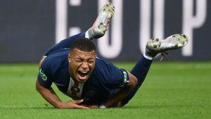 Мбаппе покинул поле в слезах, получив серьезную травму в финале Кубка Франции: видео
