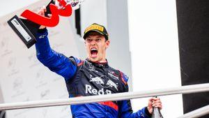 Даниил Квят завоевал первый подиум вФормуле-1 за3 года. Походу гонки онбыл последним