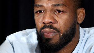 Сбивал беременную женщину, водил пьяным, употреблял наркотики. Все приключения лучшего бойца UFC Джона Джонса