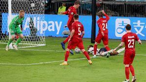 Разбор скандального пенальти, который вывел Англию в финал. Былли фол на Стерлинге?