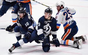 Хоккейное безумие в Санкт-Петербурге: матч продолжался 7 часов. Это рекорд России