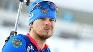 Русского биатлониста снова вырубило на дистанции, он еле добрел до финиша. Кто его так готовил к ЧМ?