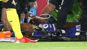 Игрок «Лестера» Фофана получил жуткую травму в предсезонном матче с «Вильярреалом» после грубого подката: видео