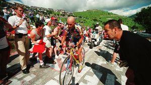 Страстная любовь фанов, победы на «Туре» и «Джиро», допинг, наркотики. История жизни и смерти Пирата Марко Пантани