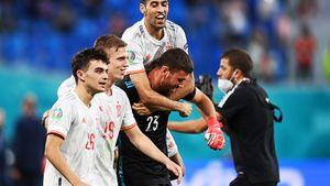 Испанские игроки привезли гол на уровне Семенова, но всеже выбили Швейцарию по пенальти: Симон взял 2 удара подряд