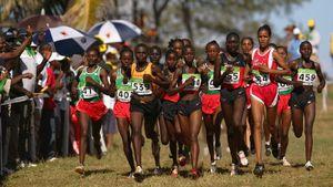 «Некоторые девочки были перегружены материнством». В Кении считают, что ранние браки мешают спортсменам