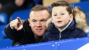 Отказал «Манчестер Сити», кладет безумные штрафные. Что известно о сыне Руни, которого подписал «МЮ»