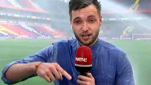 «Дайте парню прибавку!» Российский журналист стал мировой звездой после эфира под струей воды