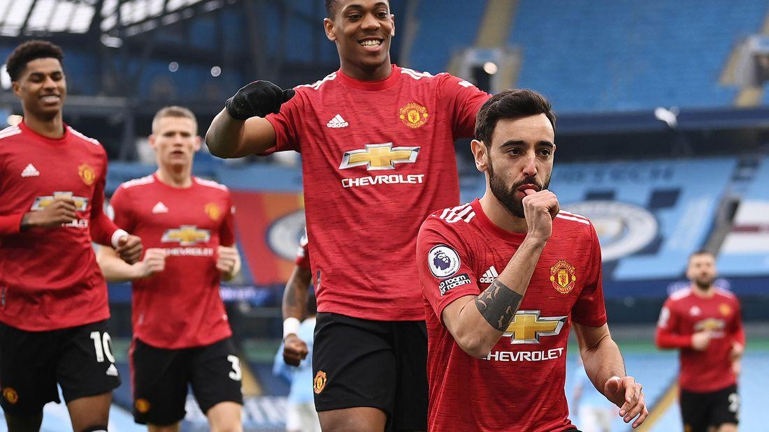 Манчестер Юнайтед на выезде обыграл Манчестер Сити, прервав 19-матчевую беспроигрышную серию горожан в АПЛ