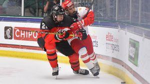 «В таких матчах нельзя ошибаться». Чибриков — о поражении России от Канады в финале ЮЧМ