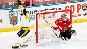 Американцы оскорбляют русского вратаря. Бобровский пропустил 3 гола за 6 минут и снова попал под жесткую критику