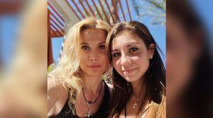 Группа Тутберидзе опубликовала подборку похожих фото тренера и ее дочери Дианы Дэвис