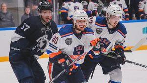Круче, чем в Америке. Самый длинный матч в истории российского хоккея — однажды в Питере команды бились 7 часов