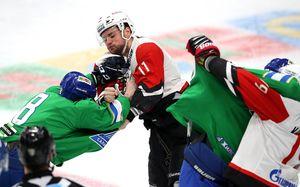 «Сразу понял, что ребята вышли невхоккей играть». Хоккеисты итренеры— обойне вфинале Востока