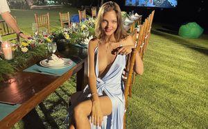«Ого! Соблазнительная красавица». Дочь Кафельникова в откровенном платье встретила Новый год на Бали: фото