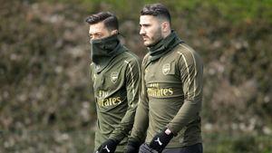 Озил и Колашинац ввязались в бандитские разборки. И теперь не могут играть за «Арсенал»