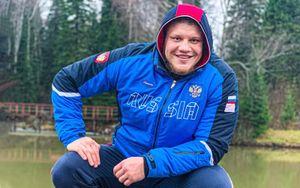 Русский боец ММА стал профессиональным регбистом. Он будет совмещать 2 вида спорта