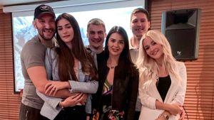 Овечкин попрощался сРоссией песнями вкараоке итренировкой вформе «Динамо». Ови летит вВашингтон