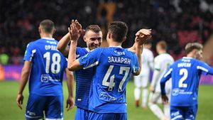 Невероятный дебют в стартовом составе «Динамо»: 17-летний Захарян заработал за тайм пенальти и сделал гол