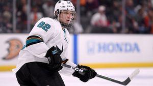 Форвард «Сан-Хосе» Чехович набрал 1-е очко в НХЛ в своем 2-м матче: видео