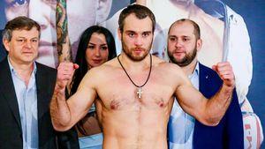 Русского бойца ММА Кунченко немогли победить вРоссии 6лет. Онпришел вUFC ипроиграл дважды за8 месяцев