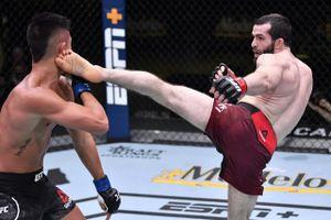 Боец из Дагестана победил в UFC в стиле Хабиба. Валиев доминировал 15 минут, пропустив всего 8 ударов