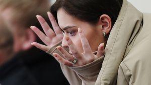 Полиция нашла гадалку, которой заплатила Сотникова из-за безответной любви. Нотасбежала наУкраину