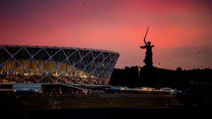 Российский стадион, при строительстве которого украли миллиарды, может стать лучшим в мире. Как это?