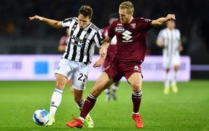 Гол Локателли на 86-й минуте принес «Ювентусу» победу над «Торино»