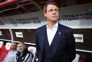 «Спартак» выразил поддержку Кононову и объявил об уходе Измайлова и Родионова