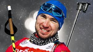 Сенсация в биатлоне! 1-я победа россиянина в сезоне: Логинов упал, сломал палку, достал гильзу руками, но выиграл