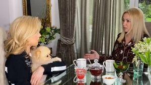 «Этот звук рвет Тик Ток». Жена Плющенко сняла смешную пародию на 7-летнего сына