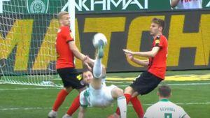 Мелкадзе забил эффектный гол ударом через себя спустя минуту после выхода на замену: видео