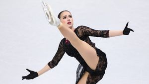 Канадский комментатор: «Загитова— невероятная спортсменка. Она сделала все, что могла, чтобы Россия ейгордилась»