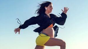 Двукратная чемпионка мира Алекс Морган показала силовую тренировку на9-м месяце беременности