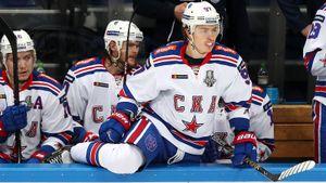 Гусев уже одной ногой в СКА. Но Подколзин и «Ванкувер»— последний шанс олимпийского чемпиона в НХЛ