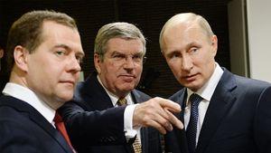 Медведев: «Решение WADA — продолжение антироссийской истерии, оно должно быть обжаловано»
