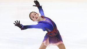 13-летняя ученица Тутберидзе Акатьева выиграла первенство России. Ей удалось приземлить 2 четверных