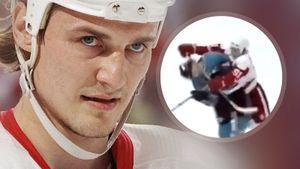 Уложил ударом клюшкой в лицо. Как русский хоккеист Федоров разобрался с канадцем Мором в плей-офф НХЛ: видео