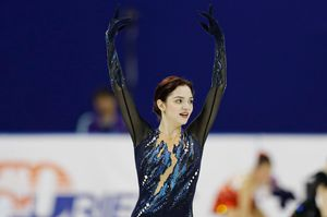 Медведева выиграла первый международный турнир после ухода отТутберидзе